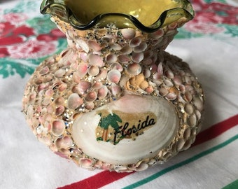 Vintage 1950s Florida Souvenir Vase Pink Shells