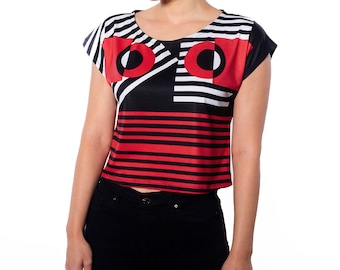 Women's Black Red Geometric Graphic Print Cropped Tee