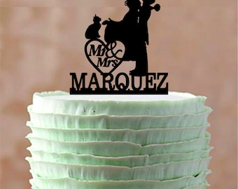 Couple Kissing with English Bulldog or cat,  Bride and Groom Cake Topper, Silhouette Wedding Cake Topper, Unique Wedding cake topper