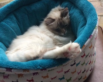 Round luxury pet bed, cat bed, dog bed, hand made