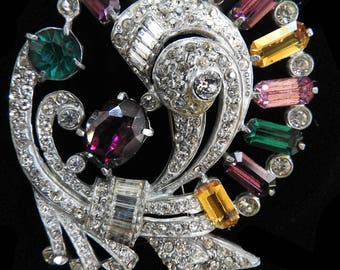 Fabulous humongous Vintage Rhinestone Brooch
