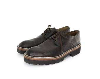 Derby DC Shoes in Brown