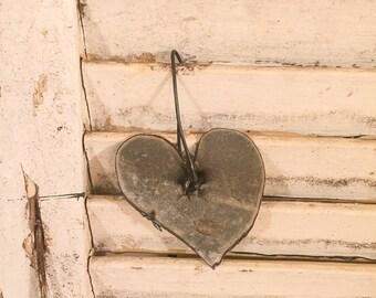 Heart metal ornament