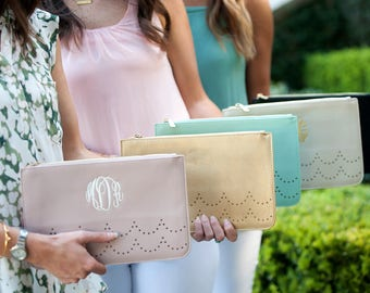 Monogrammed Clutch Purse - Gold Wristlet - Bridesmaid Gift - Scallop Clutch - Personalized Gift - Ava Clutch - Gold - Gift for Her