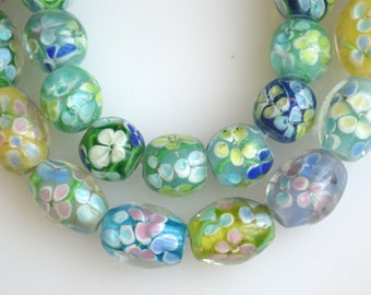 2 Strs Flower Lampwork Glass Beads Round and Barrel Shape Size 12mm and 16x11mm Full Strand