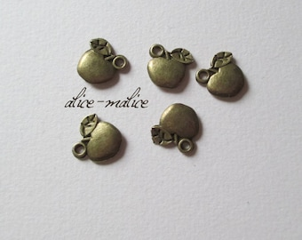 Set of 5 charms bronze small Apple