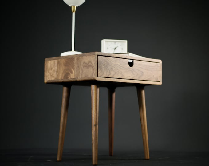 Bedside Table / Nightstand in solid Walnut board with 1 drawer