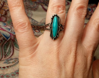 Navajo Etched Turquoise Ring Size 4.75