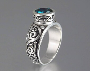 TRISTAN silver ring with London Blue Topaz