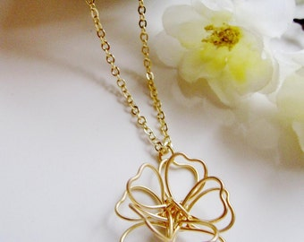Gold Flower Necklace,  Petal Necklace, Minimalist, Gold Blossom, Modern, Bridesmaid Necklace, Wedding Jewelry, Gift for Her