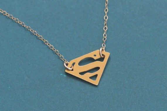Superman necklace gold superman pendant superman chocker mozeypictures Gallery