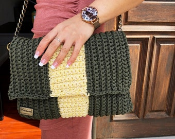 Two-toned Crocheted Envelope Shoulder Bag