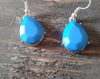 Blue dangle teardrop earrings