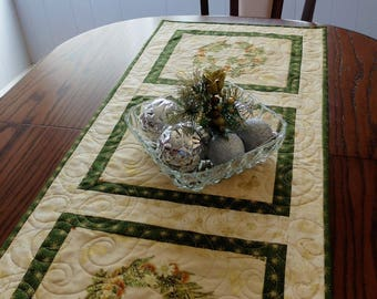 Christmas quilted tablerunner, traditional green gold and cream Christmas table decor, Christmas wreath,  handmade patchwork table topper