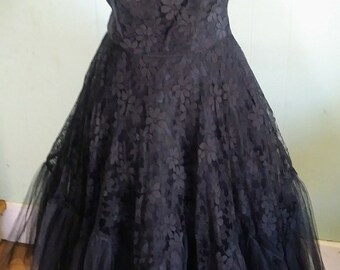 Vintage 50s Gown | Exceptional Dark Beauty Jet Black Floral Lace and Fancy Tulle Trim Formal Party Dress - M/L