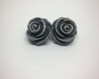 Gray rose earrings on nickel free posts - Resin rose earrings - Nickel free earrings - 23mm - Rose earrings - Flower earrings - Gray flowers
