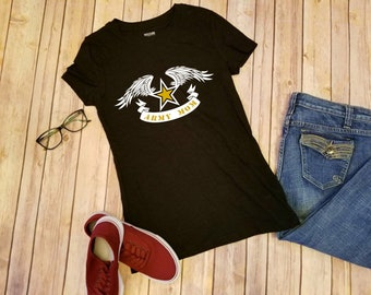 T-Shirt, short sleeve; Army Mom, wings.