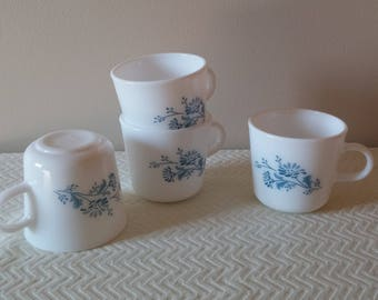 Vintage Corning Colonial Mist White and Blue Coffee Mugs, Vintage Corning Coffee Cups, 1970's Coffee Mugs, Vintage Kitchen, Vintage Dishes