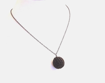 Crochet Ball Necklace (Item N 38)