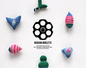 Russian Roulette - six crochet objects - 5/6