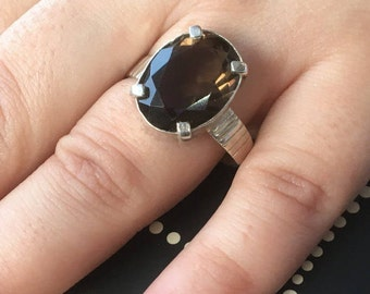 Smoke topaz ring, Faceted Smoked topaz, Oval smoke topaz, Topaz silver ring, Statement Ring, Oval silver ring, Topaz ring, Silver topaz,