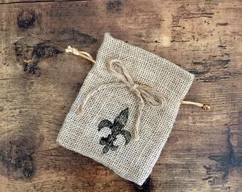 Burlap Fleur de lis favor bag with bow - set of 5