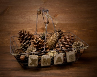 """Rustic Wire Basket """"XMAS"""""""