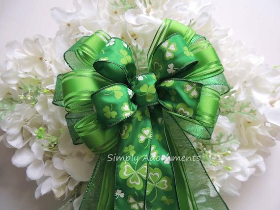 St. Patrick Wreath bow Kelly Green Shamrock Bow St Patrick Celebration Party Decoration Emerald Irish Shamrock Wedding Bow Shamrock gift Bow