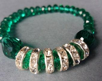 Stretchy Emerald Green Jewel-Tone Beaded Bracelet with Rhinestone Accent