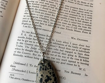 Spekled Stone Necklace