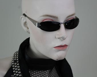 vintage 1980s small frame sunglasses - silver metal and black