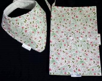 Cute Nappy wallet and Dribble bib set - Gift set - Baby Shower gift - Nappy Clutch - Baby bib - Drib - Matching set