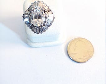 Vintage Sterling Silver Oval Cubic Zirconia with surrounding Baggett  Cubic Zirconia, size 9