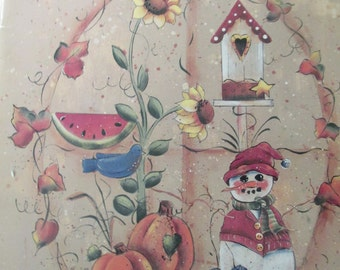 """K Decorative Folk Art Tole painting """" Seasons Past"""" by Ursula Wollenberg & Kathy Maiman 1996  used booklet 34 pages"""