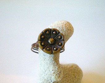 Flower Ring, Vintage Button Flower Ring, Antique Flower Button with Raised Dots Ring, Wire Wrapped Ring, Vintage Brass Button Ring