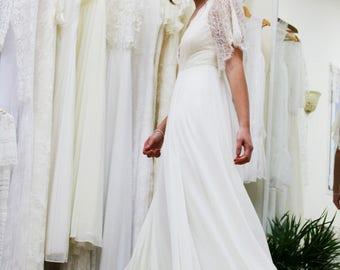 Wedding Dress with Cap Sleeves, Bohemian Wedding Dress,Lace Wedding Top,Chiffon Wedding Dress,Boho Wedding Dress,Lace Sleeves,V Neckline