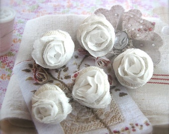 """Handmade Victorian Rustic Small Wedding White Beige Floral Flower Lace Fabric Covered Buttons, Flat Back, 0.75"""" 5's"""