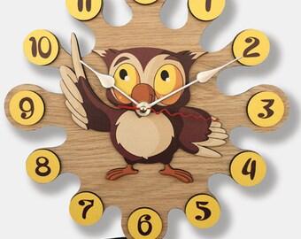 Pendulum Wall Clock Owl