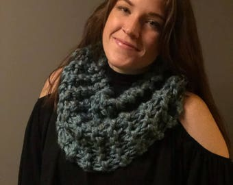 Knit Chunky Cowl