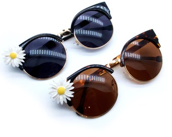 Black or Brown Gold Frames Sunglasses with Daisy Embellishment - UV400