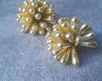 Vintage Gold Burst Earrings    Party Jewelry    Festive