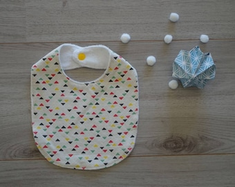 Bib with Nordic style pattern