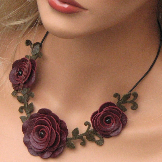 Choker Necklace Etsy: Flower Necklace Leather Necklace Choker Burgundy Roses Leather