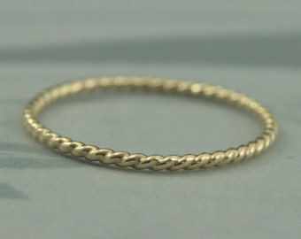 14K Yellow Gold Twist Ring~Thin Twist Band~Gold Stacking Ring~Gold Rope Ring~Gold Twist Band~Gold Stackable Ring~Thin Wedding Band~Gold Band