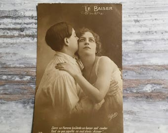 Vintage Postcard, Romantic Postcard, Sweetheart French Lovers Postcard, French Vintage Postcards, Couple Postcard, Le Baiser - The Kiss .