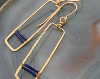 Short Gold and Lapis Rectangle Earring / blue/ gold/ lightweight/ everyday/ lapis lazuli/ beaded