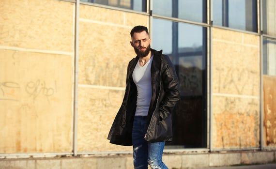 hnliche artikel wie herrenmode herren jacke langen mantel urbane mode herren stil mantel. Black Bedroom Furniture Sets. Home Design Ideas