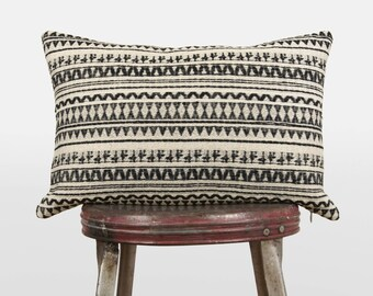 Geometric tribal decorative throw pillows in lumbar 12x18 | Black and ecru beige | Aztec woven cloth pillow case, cushion cover | Boho Decor