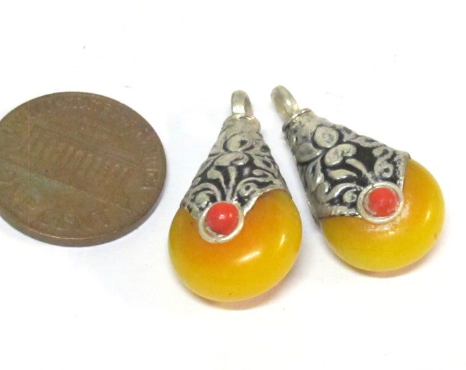 2 charms - Tibetan small petite size teardrop shape honey yellow copal resin  reversible charm pendant with flower design on bail  - PM607Bs