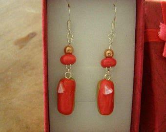 pair of dangle earrings, lightning Strawberry